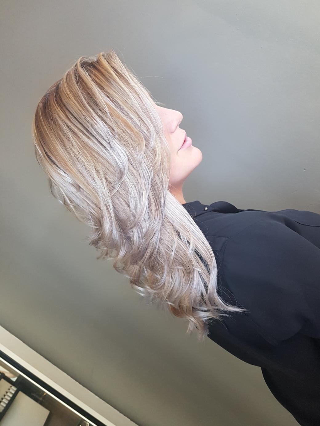 Anna - Kapper bij Inekes Hairstyling Geervliet