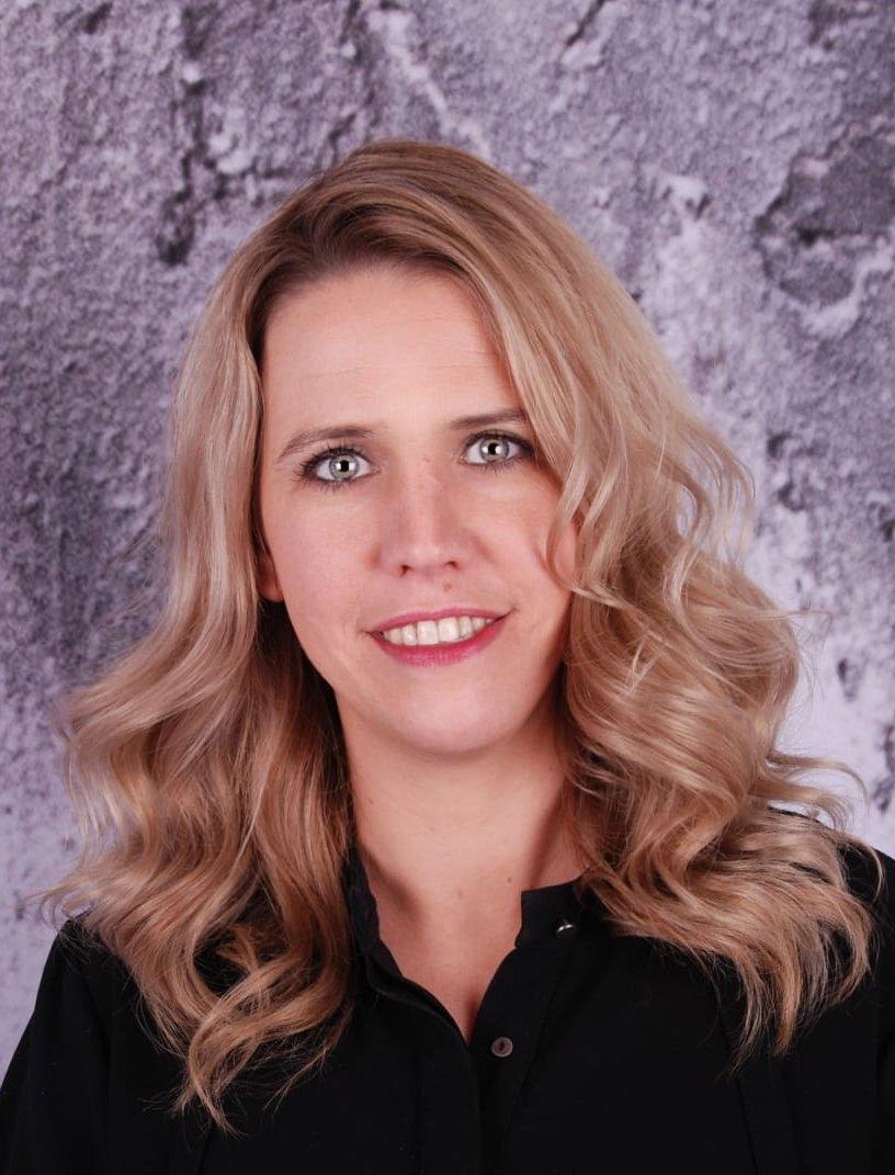 Annemiek - Kapper bij Hairfriends Haar&Visagie Dronten