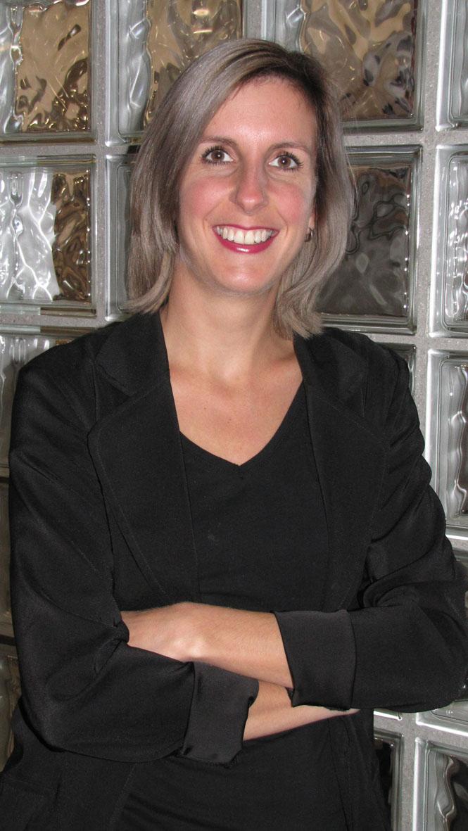 Nicole - Kapper bij Louis van Buren (Gilzerbaan) Tilburg