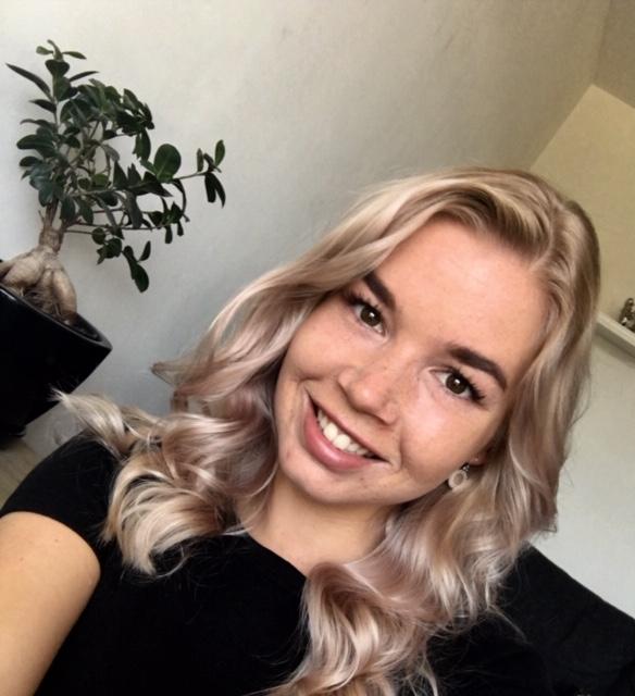 Fleur - Kapper bij Glamour Hair Assen