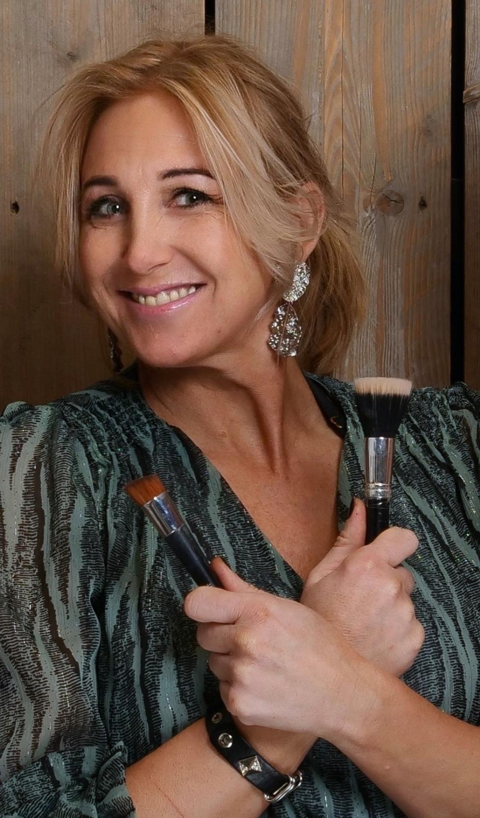 Mischa - Kapper bij Hair & Beauty Bar Oostzaan