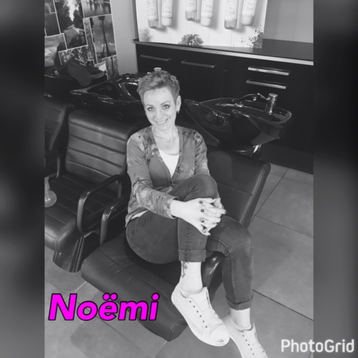 Noëmi - Kapper bij Behind The Mirror Almere-Muziekwijk