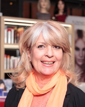 Yvonne - Kapper bij Hair Trends (UMC) Amsterdam