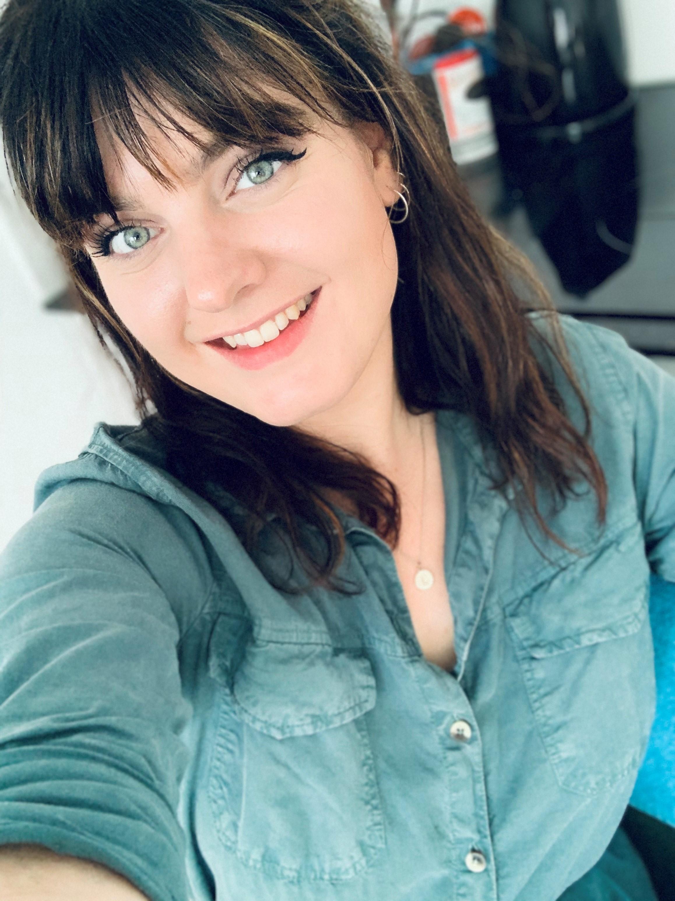 Laura - Kapper bij Annett Philipp Art of Hair Haren