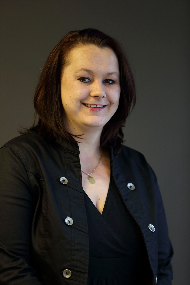 Karina - Kapper bij Hairstyling Minnee Katwijk a/d Rijn