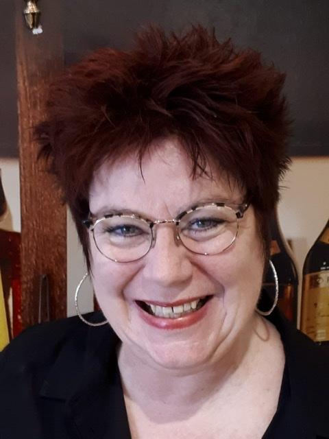 Yvonne - Kapper bij Esme Coiffure Tiel