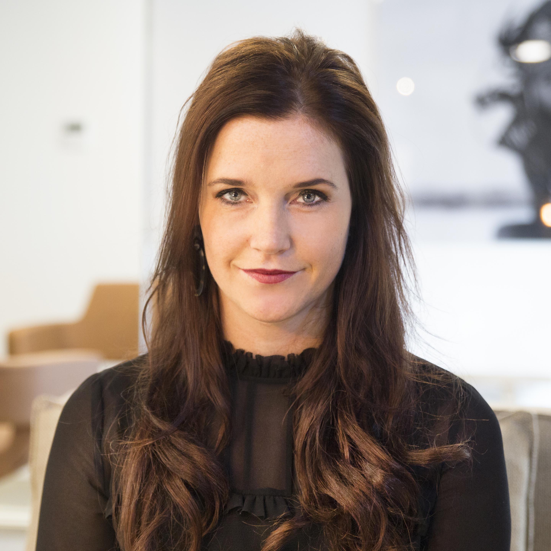 Priscilla - Kapper bij Hair With Compliments Breda