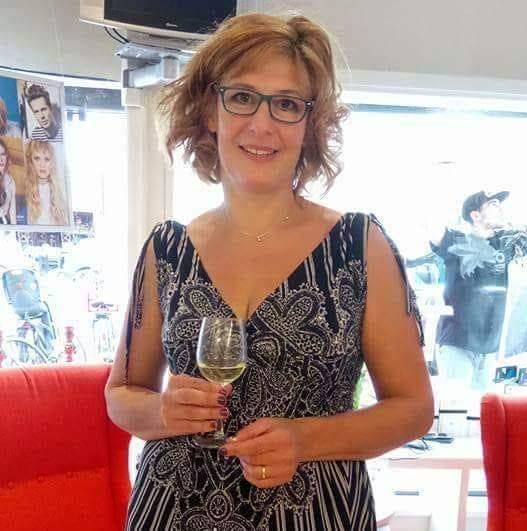 Vicky - Kapper bij Hair Topic Den Haag