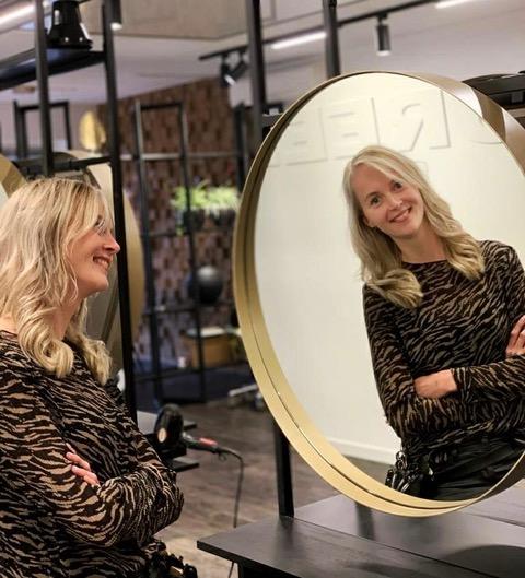 Carlien - Kapper bij Haarmode Maureen Staphorst