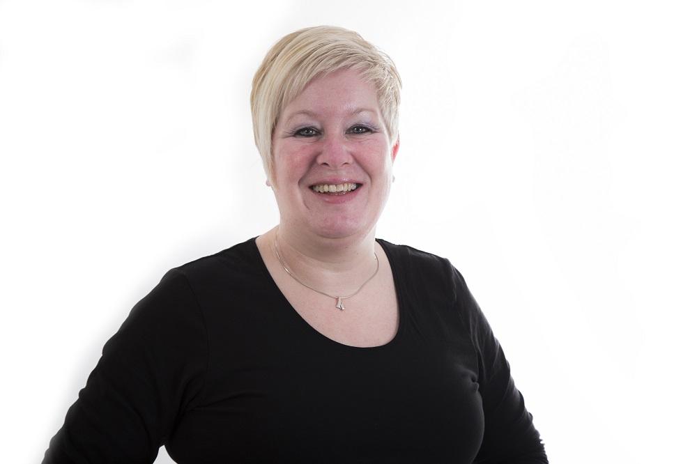 Frederika - Kapper bij Sharon Hairdesign Assen