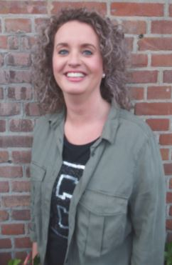 Esterelle - Kapper bij Hair by Chantelle Monster
