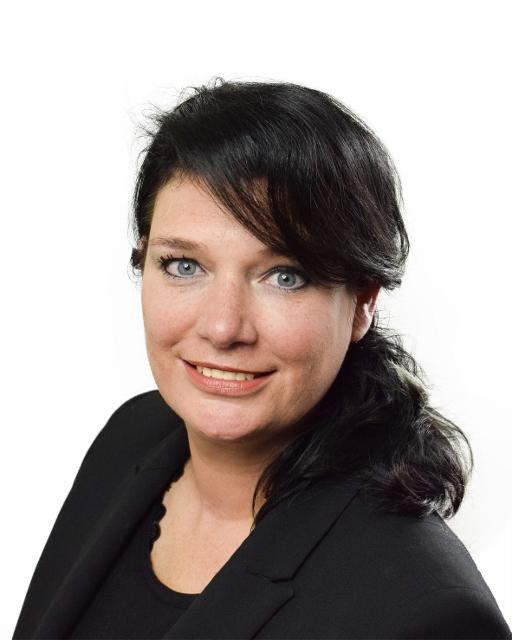 Anita - Kapper bij TopHairfashion Oppenhuizen