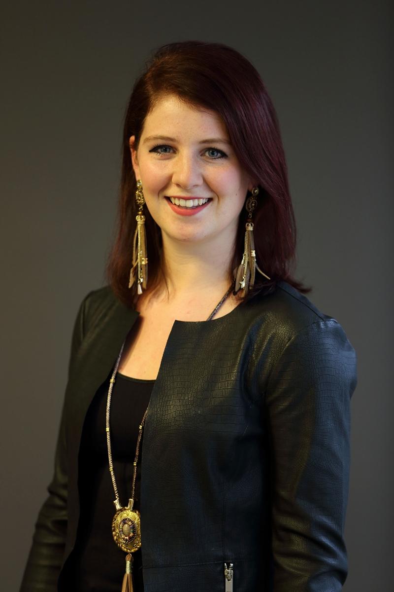 Melanie - Kapper bij Hairstyling Minnee Katwijk a/d Rijn