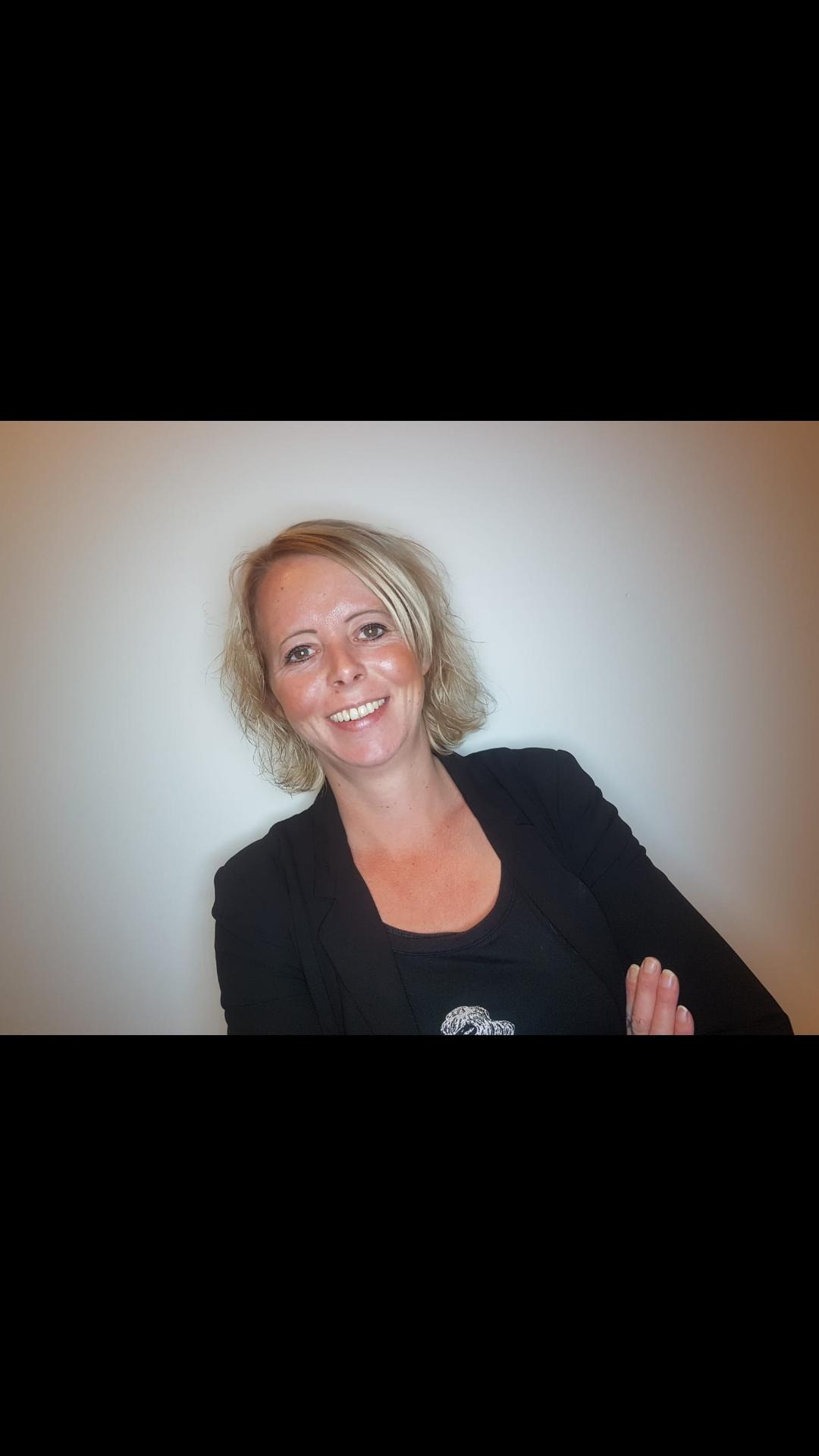Daniella - Kapper bij Inekes Hairstyling Geervliet