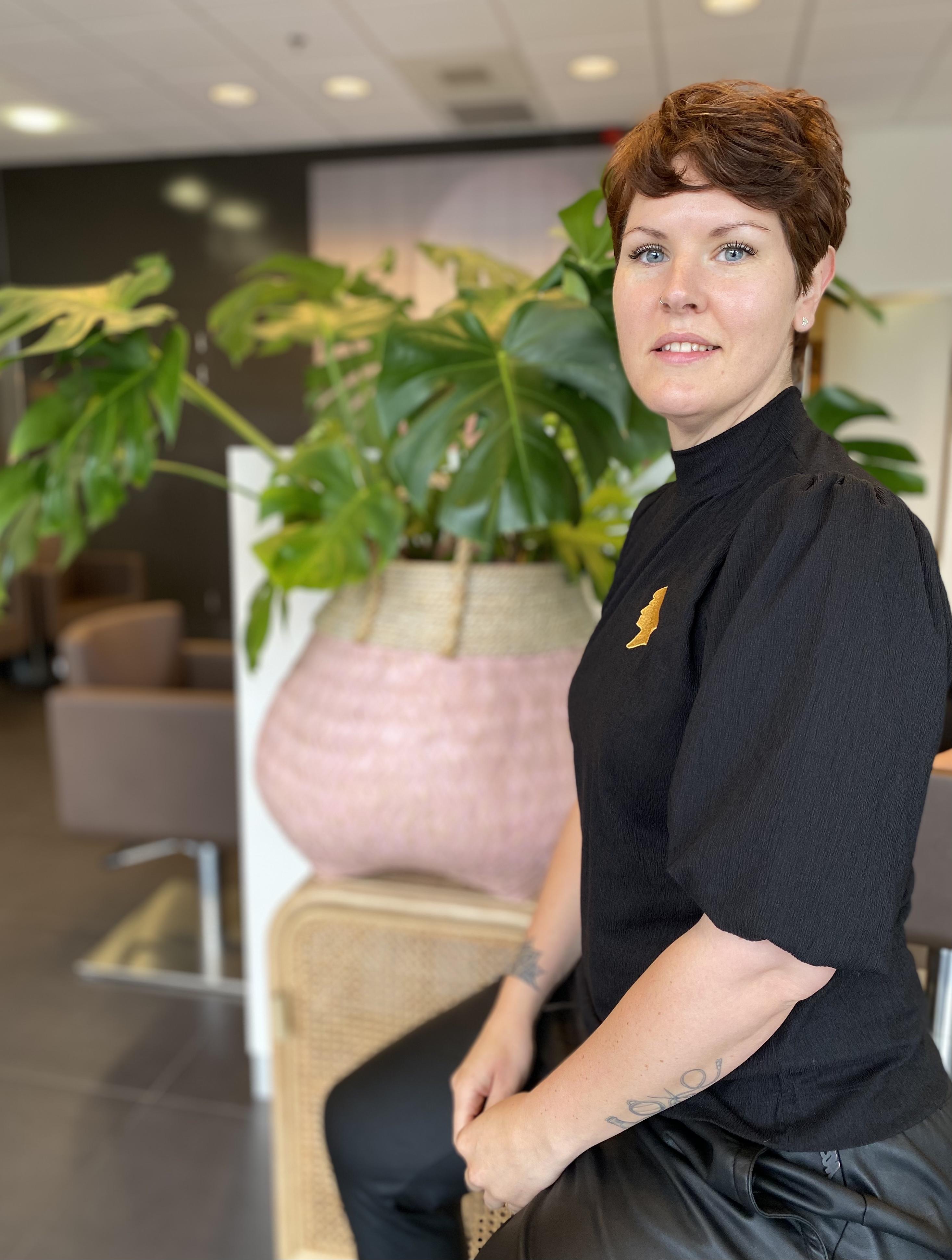 Suzanne - Kapper bij Hair-Crew Huissen