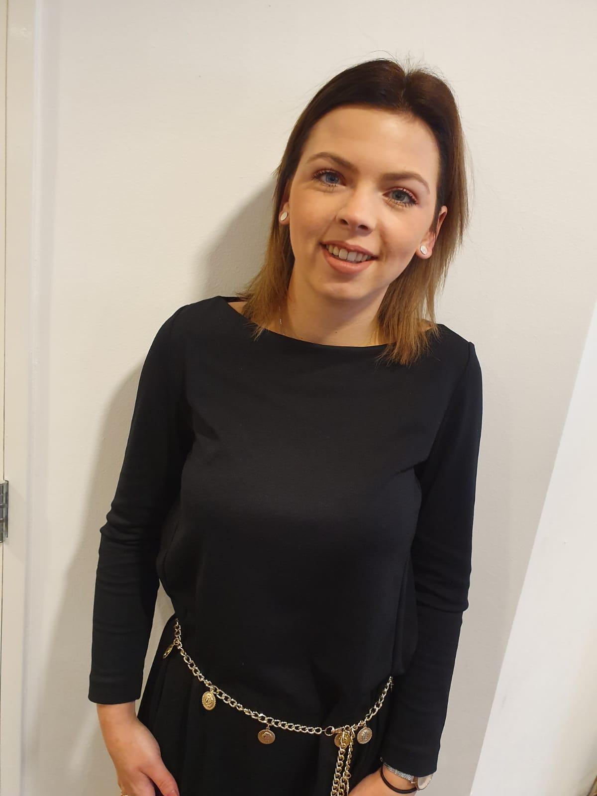 Shania - Kapper bij Inekes Hairstyling Geervliet