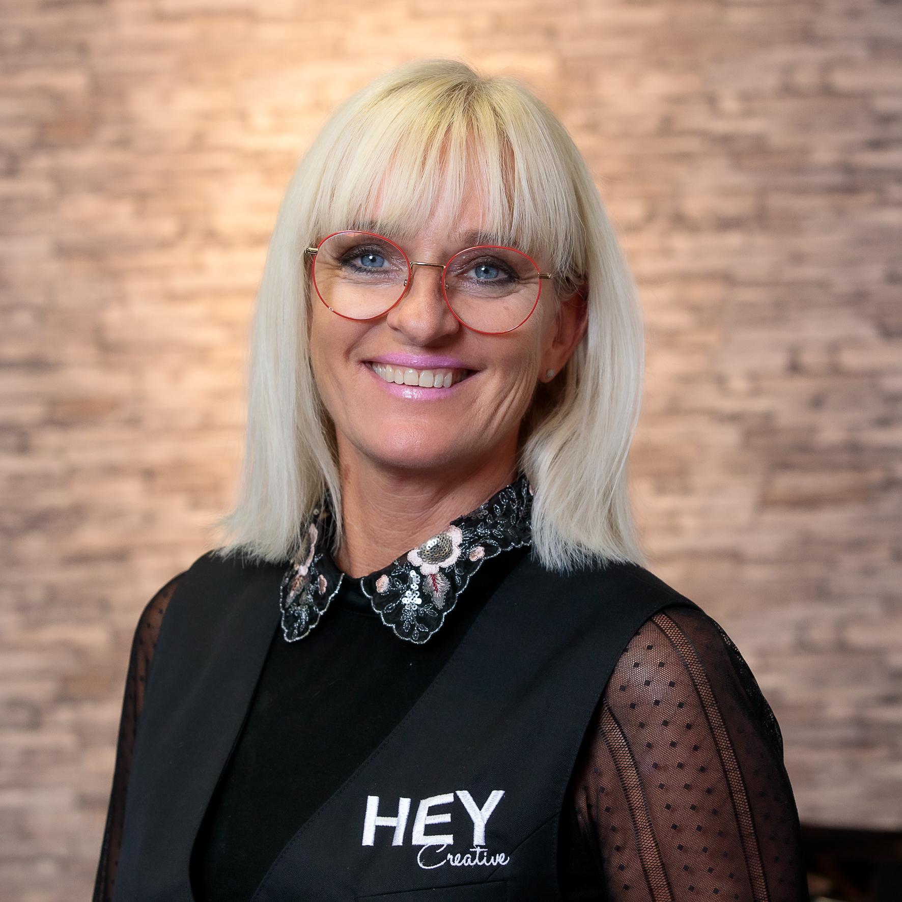 Yvonne - Kapper bij HEY Creative Lisse