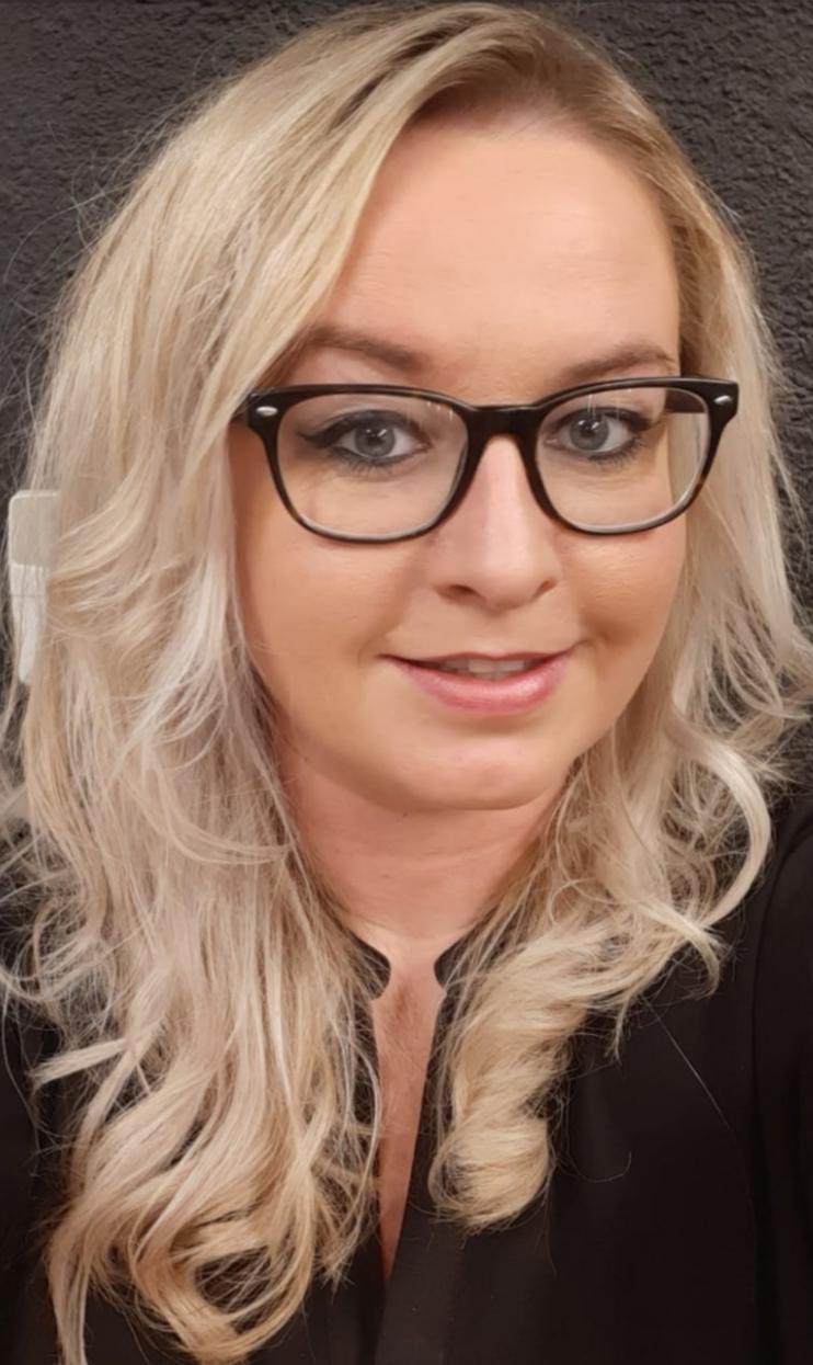 Denise - Kapper bij Haarstudio5 BLARICUM