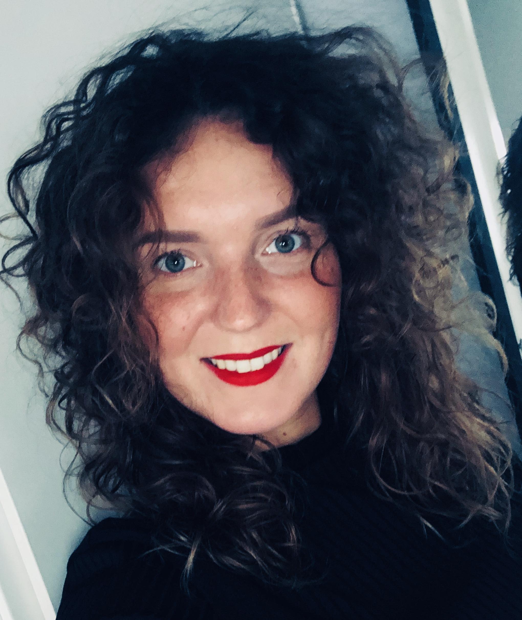 Sanne - Kapper bij HADA HAIR | KrullenKapper.Com Arnhem
