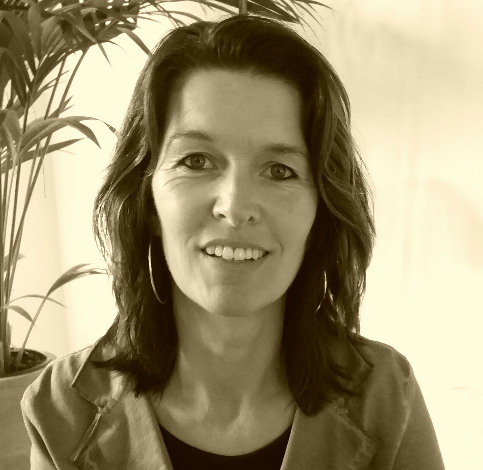 Silvia - Kapper bij Sietas Kapsalon Heerenveen