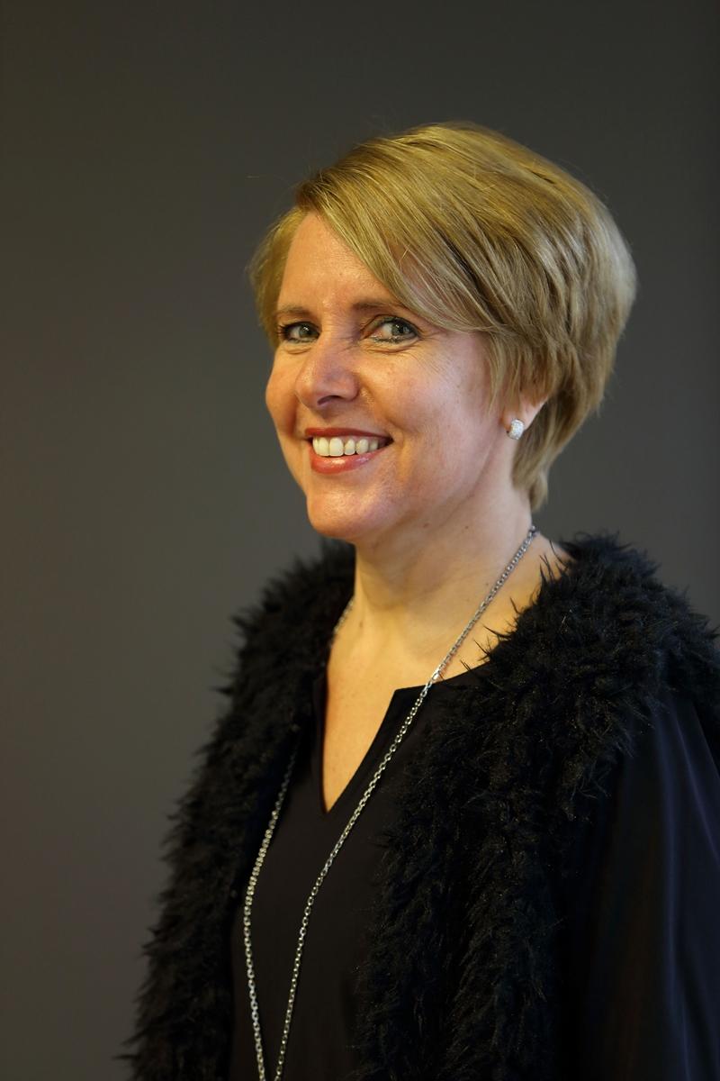 Marjolijn - Kapper bij Hairstyling Minnee Katwijk a/d Rijn